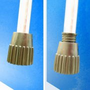 Cornilleau Outdoor Tischtennisplatte Crossover 100, blau, rutschsichere, höhenverstellbare Füße zum Ausgleich von Unebenheiten, Alleintraining möglich